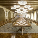 Grad Brdo - Glavna jedilnica (Mozaični parket: Iroko lakiran + Bordura št.10)