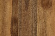 Evropski oreh - troslojni parket , Rustik kvaliteta , ščetkan, surov, na vezani plošči